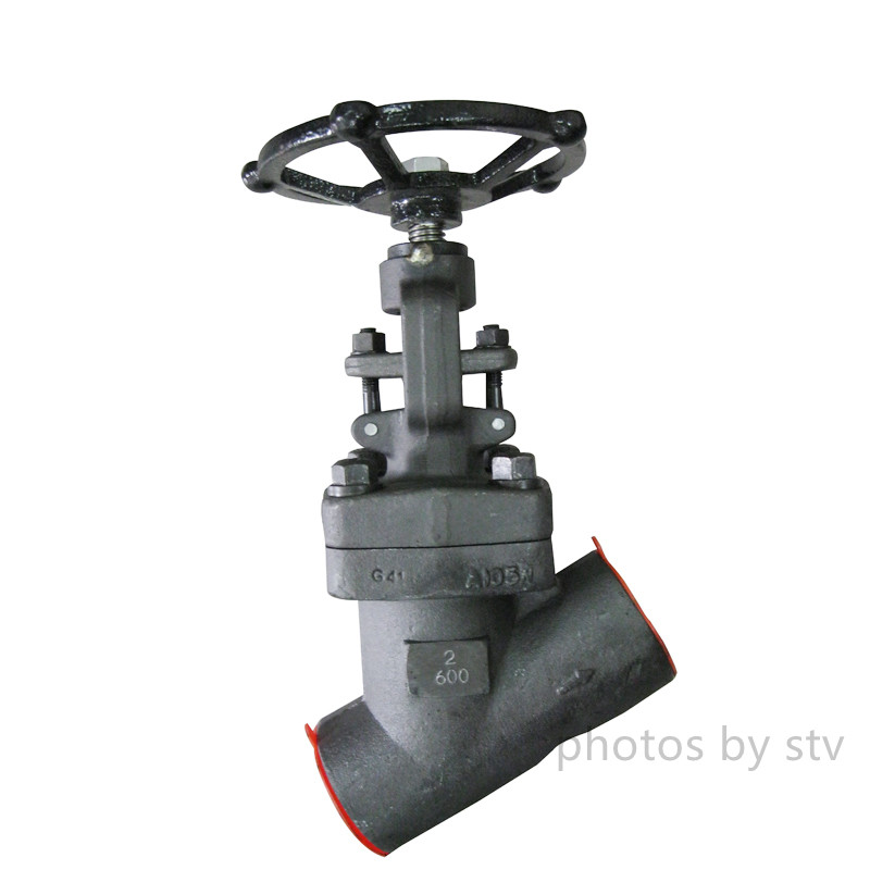 API 602 Y type Globe Valve, Class 600 LB, Hand Wheel Operated, SW ends, 2 Inch