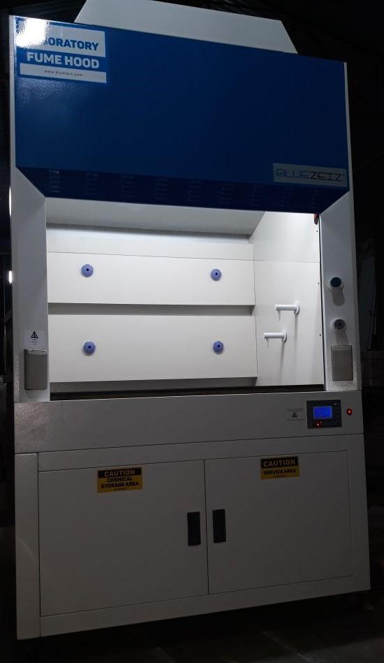 Tủ hút khí độc Bluezeiz, nâng hạ cửa kính tự động