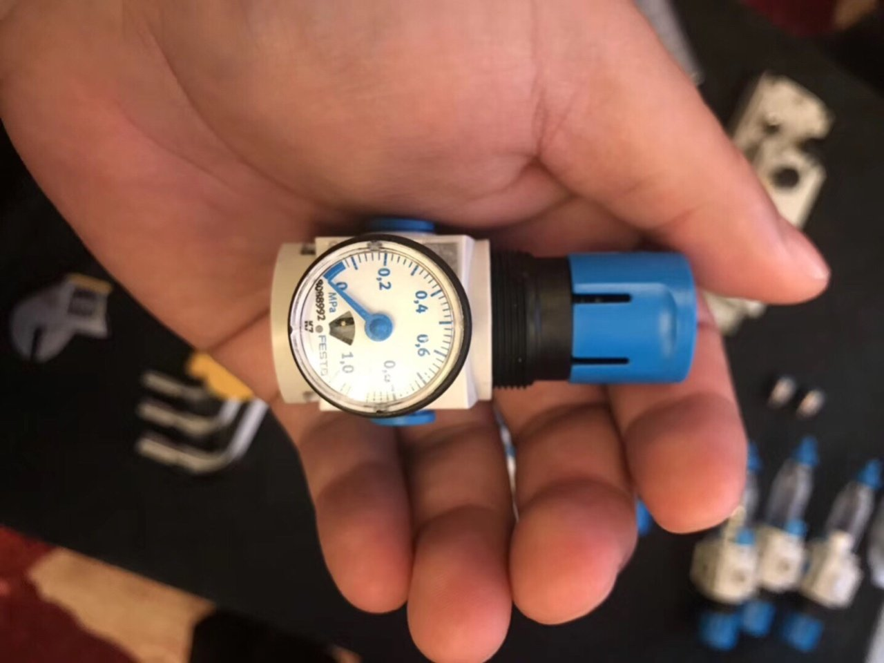 Đồng hồ FESTO 8088992