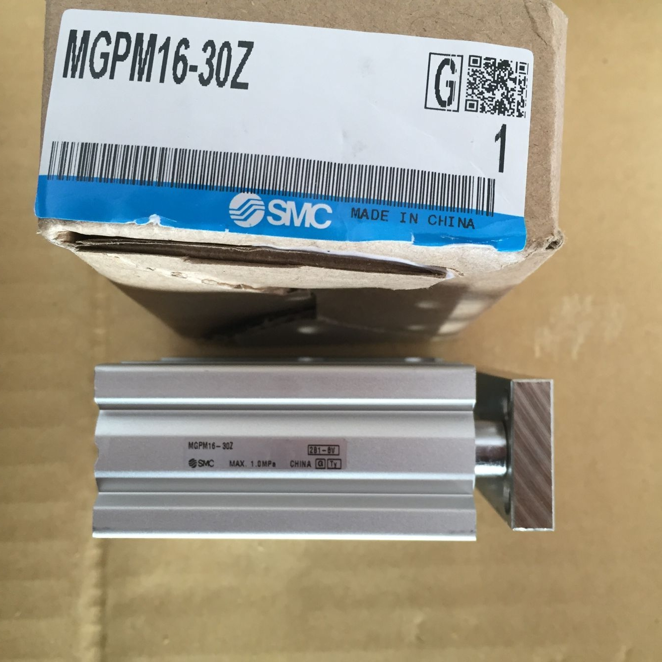 Xylanh SMC MGPM16-30Z