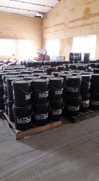 mobil delvac MX 15W 40 dầu động cơ cao cấp