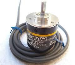 Bộ mã hóa vòng quay E6B2-CWZ6C 2000P/R