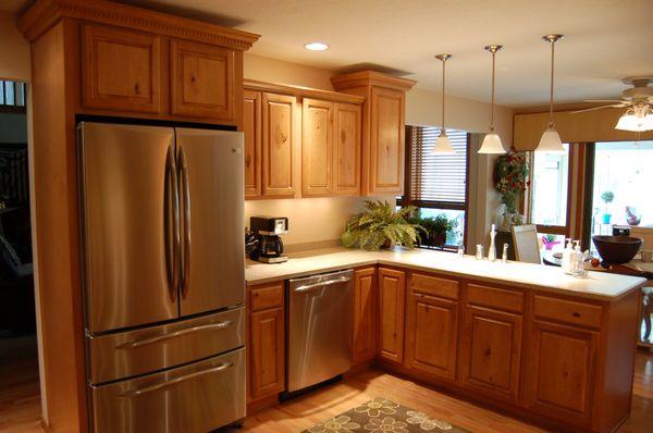 Giá tủ bếp gỗ sồi tự nhiên