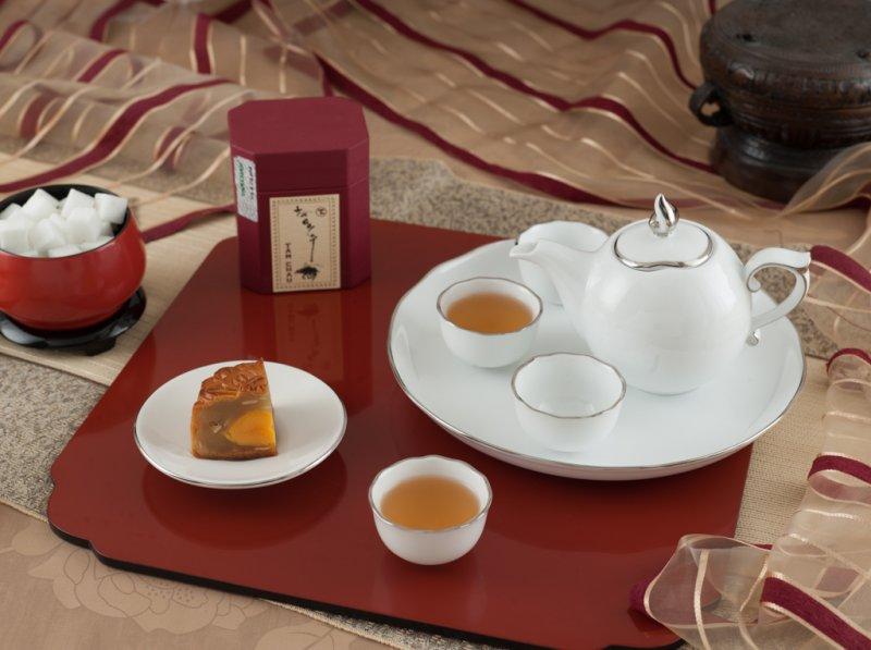 Bộ trà Bát Tràng, bộ trà bát tràng in logo làm quà tặng!