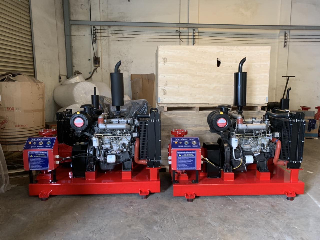 Cung cấp máy bơm Diesel V6BD Versar isuzu-Singapor