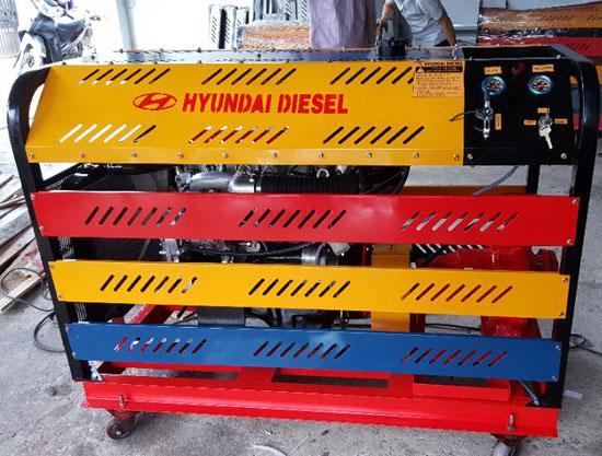 Máy bơm chữa cháy Diesel Huyndai 15HP