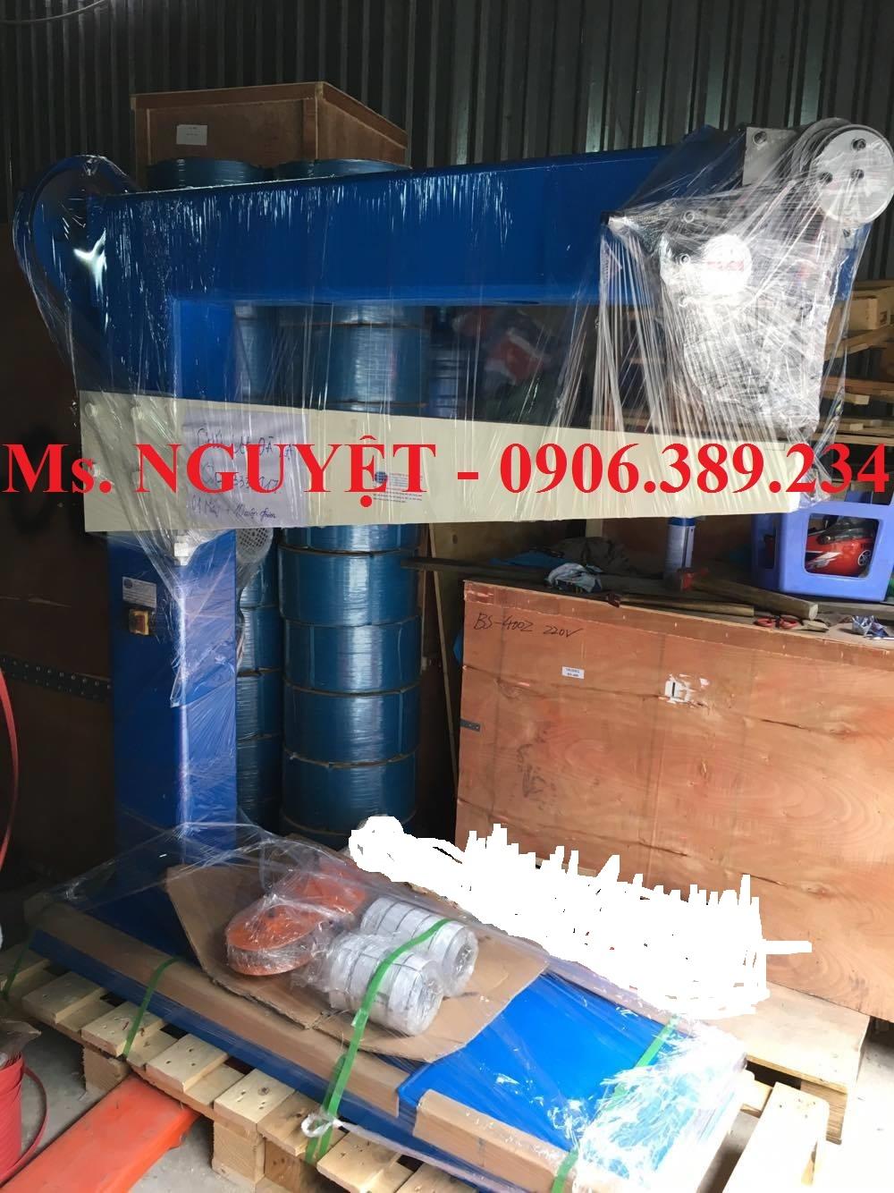 Máy dập ghim thùng carton Đài Loan, máy bấm ghim thùng caton WP-1200 tự động