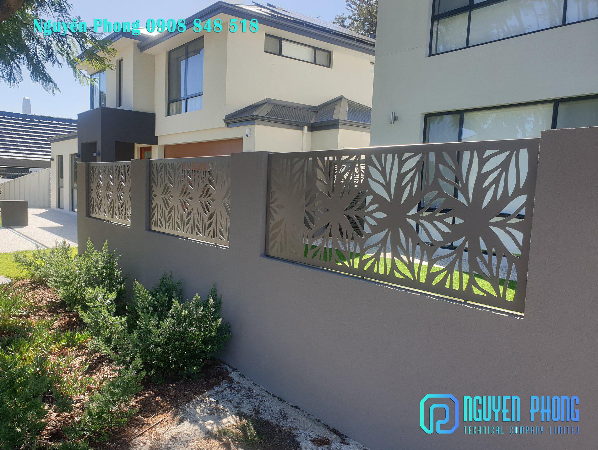 Hàng rào cắt CNC, hàng rào sắt uốn sang trọng, sơn chống rỉ bền đẹp HCM