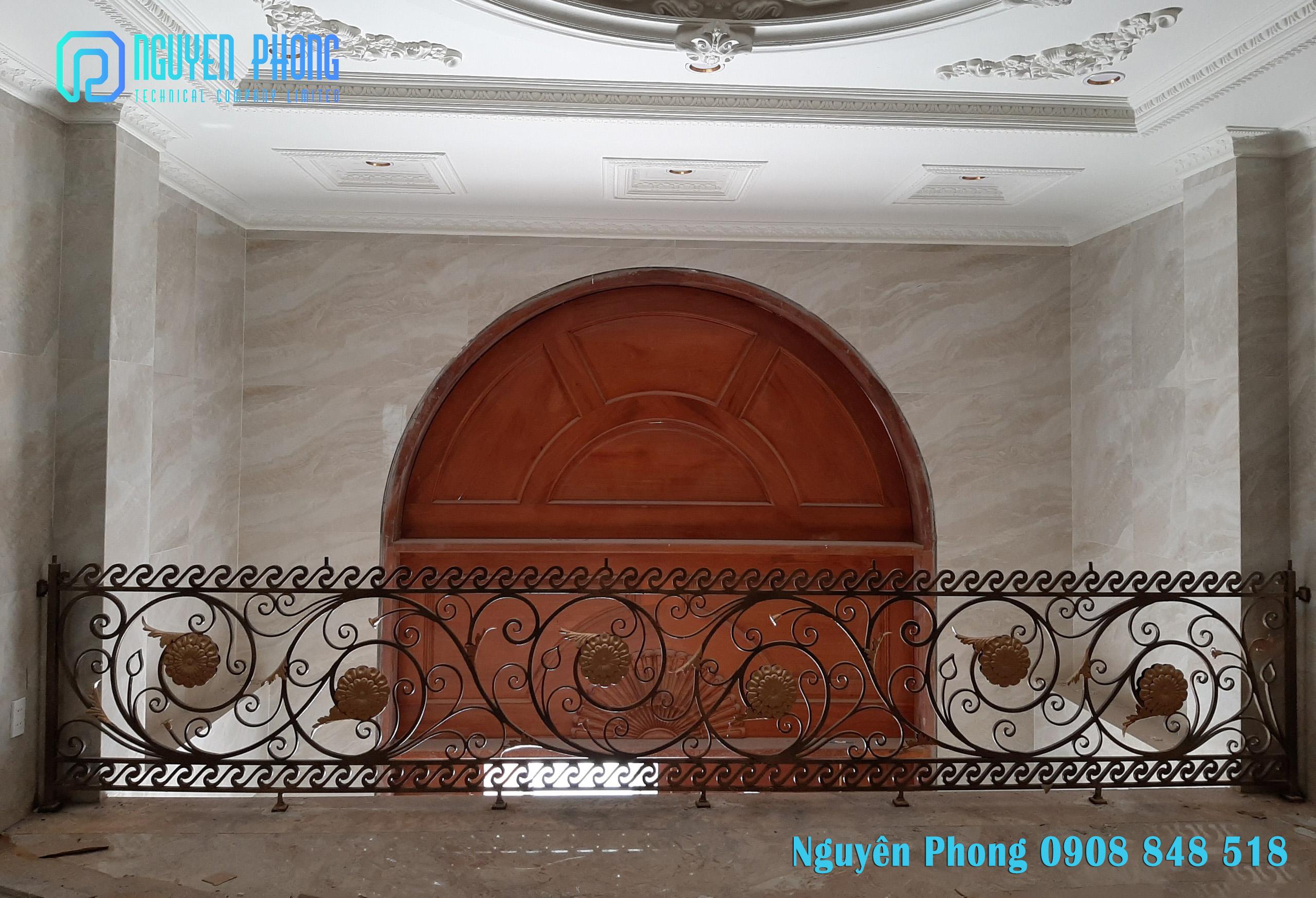 Hàng rào, cổng, cửa, lan can cầu thang sắt uốn mỹ thuật giá tốt nhất HCM
