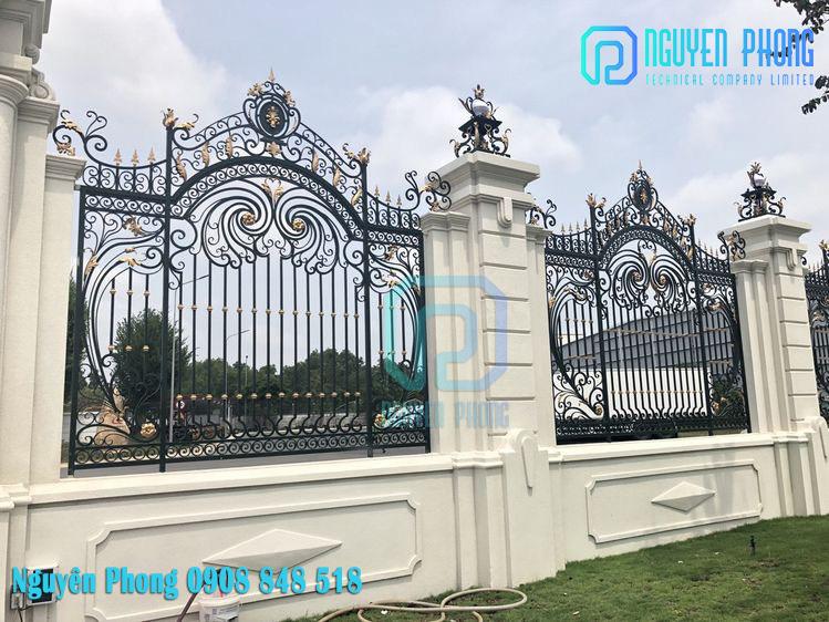 Hàng rào sắt uốn nghệ thuật - đẳng cấp chi công trình HCM, Bình Phước, Bình Dương