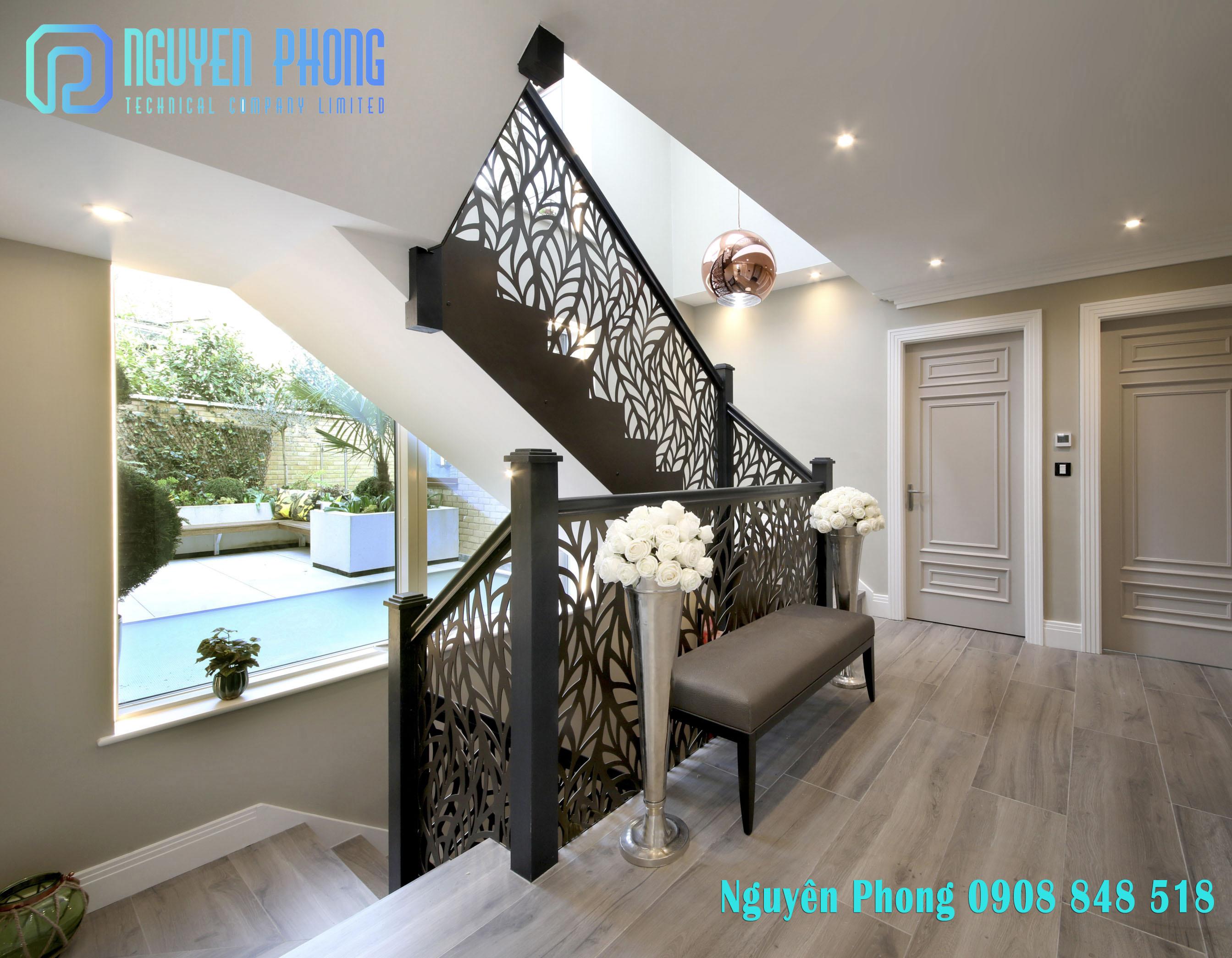 Lan can cầu thang đẹp hơn, độc đáo hơn với sắt cắt CNC hiện đại dày 4-5mm