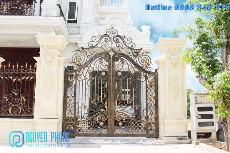 Mẫu cổng, cửa sắt mỹ thuật đẹp đẳng cấp cho biệt thự, villa cao cấp, giá tốt nhất 2021