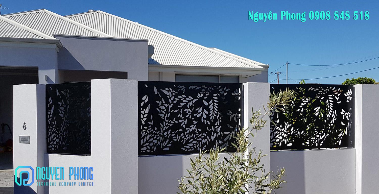 Mẫu hàng rào sắt cắt hoa văn CNC cho hàng rào resort, biệt thự, villa