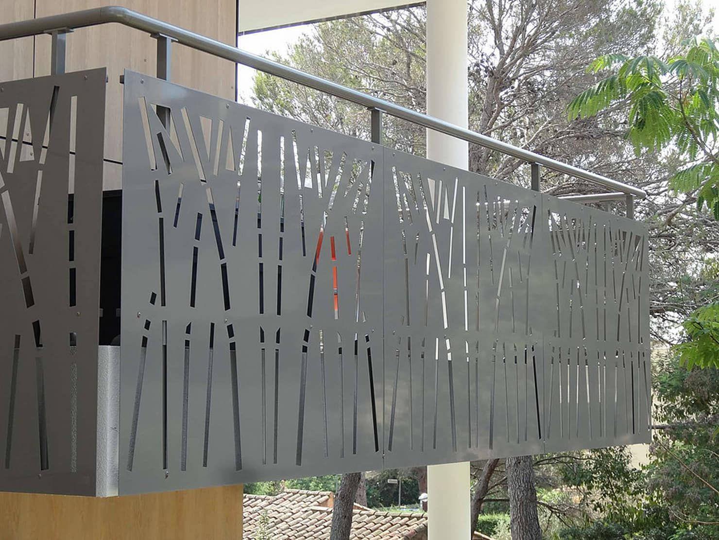 Mẫu lan can cầu thang sắt cắt CNC hiện đại, độc đáo nhất 2021
