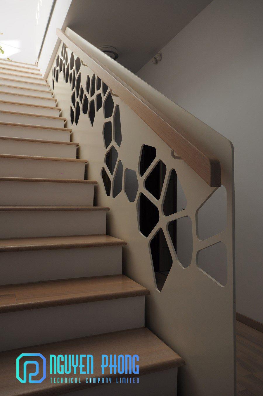 Mẫu lan can cầu thang sắt hoa văn hiện đại - thiết kế, gia công, thi công trọn gói HCM