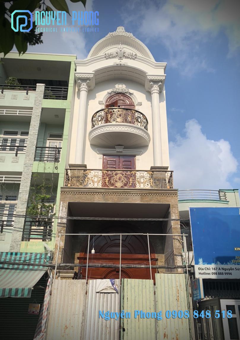 Nguyên Phong - Lan can ban công sắt cắt CNC nghệ thuật cho biệt thự, nhà phố