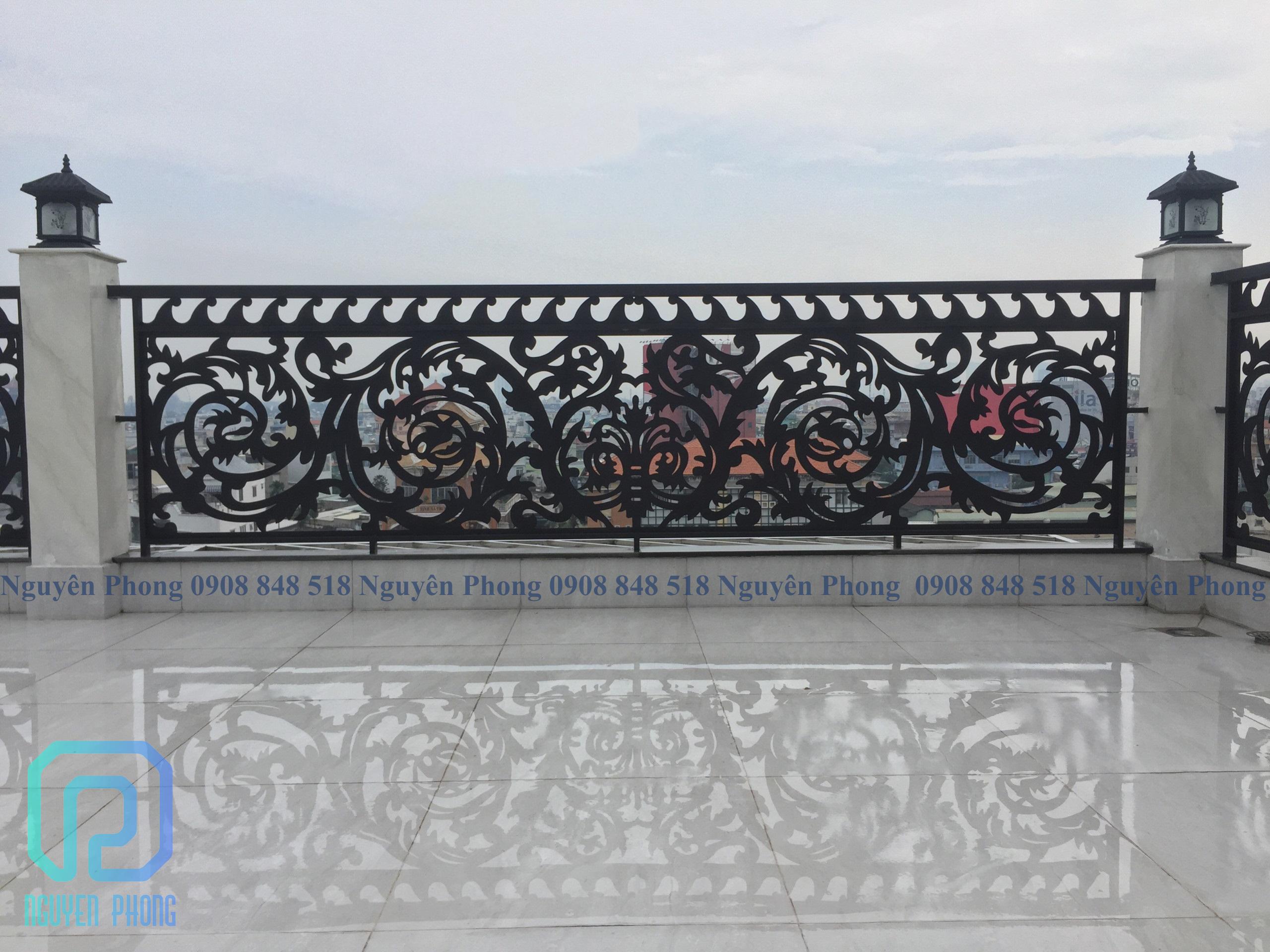 Tại sao nên lựa chọn lan can ban công sắt CNC nghệ thuật cho biệt thự, nhà phố 2020