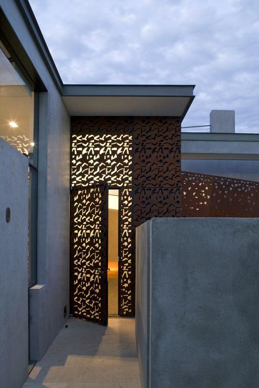 Tranh sắt, ứng dụng mặt dựng CNC trang trí nội thất hiện đại 2021