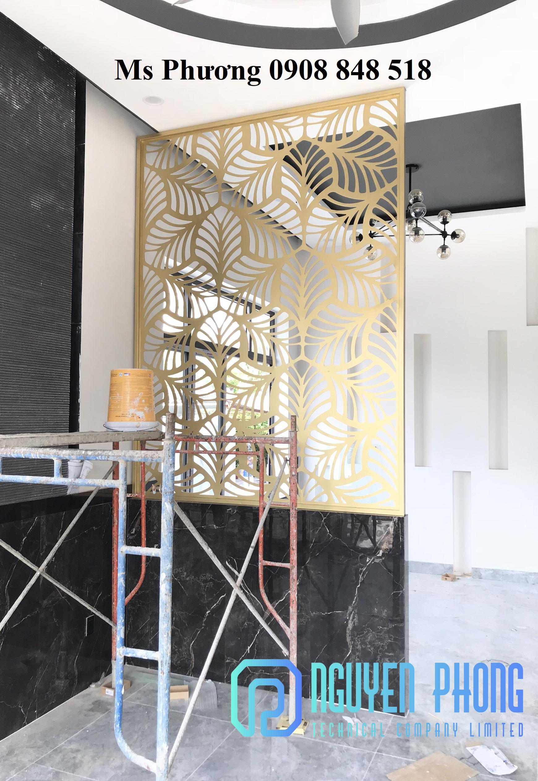 Vách ngăn sắt cnc sơn giả cổ, sơn giả gỗ, vàng gold cao cấp, tinh tế 2021