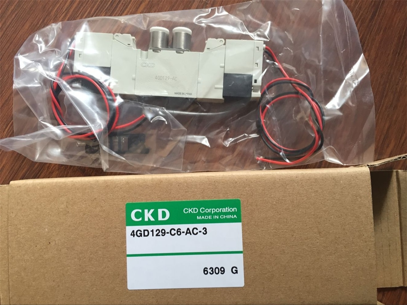 Van điện từ CKD 4GD129-C6-AC-3