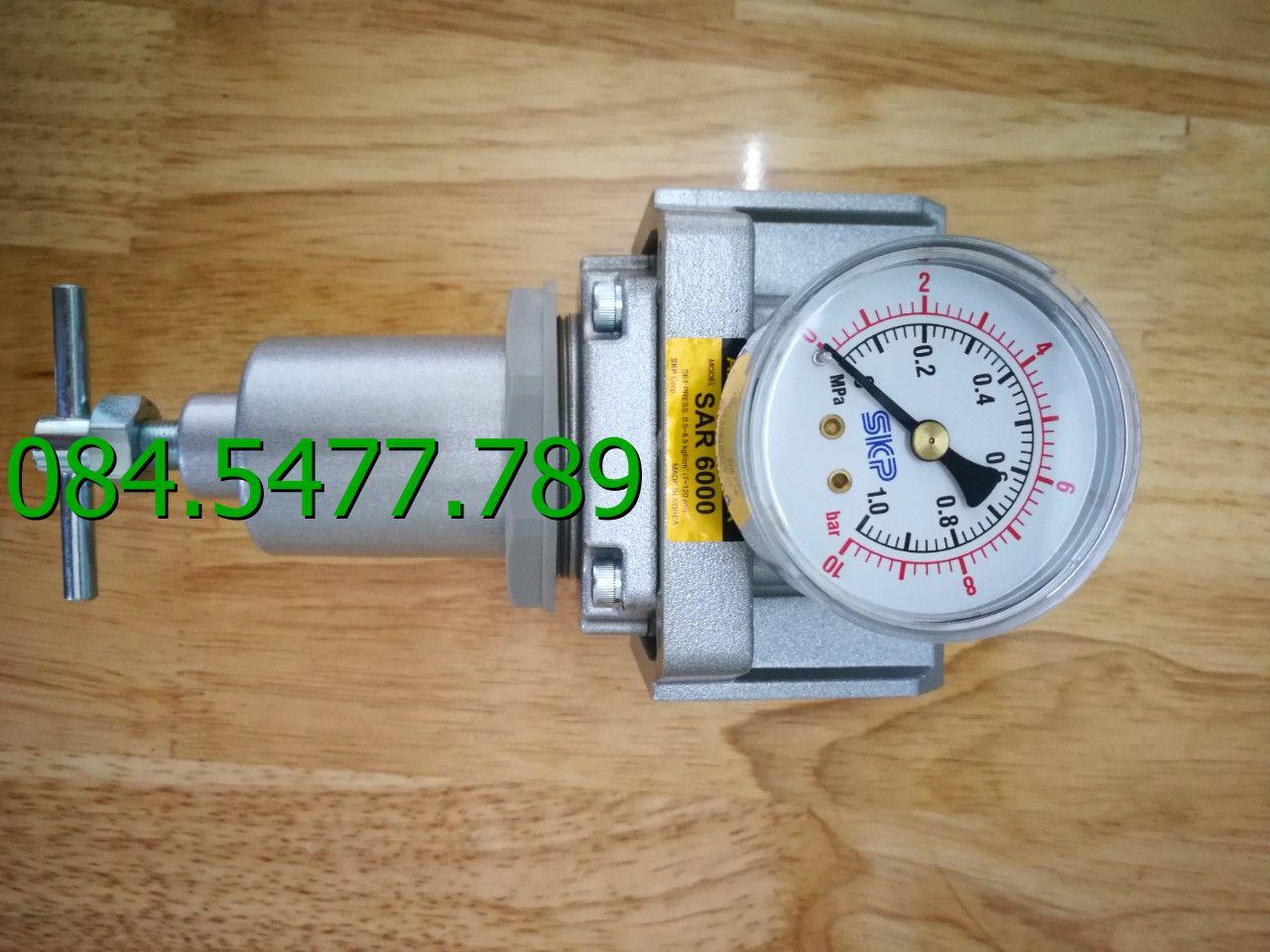 Bộ điều chỉnh áp suất khí nén SAR4000T-04BG