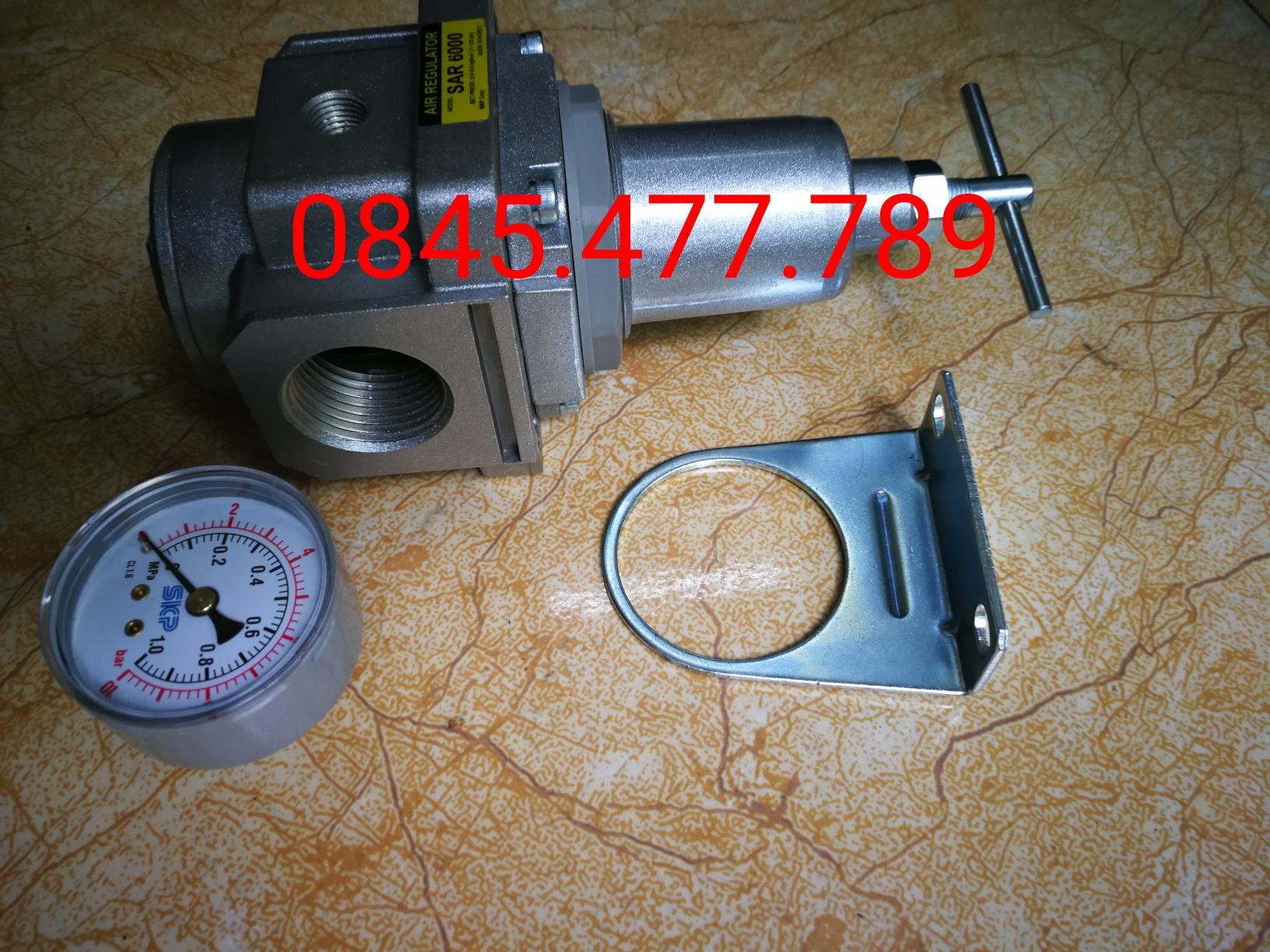 Bộ điều chỉnh áp suất khí nén SAR4000T-06BG