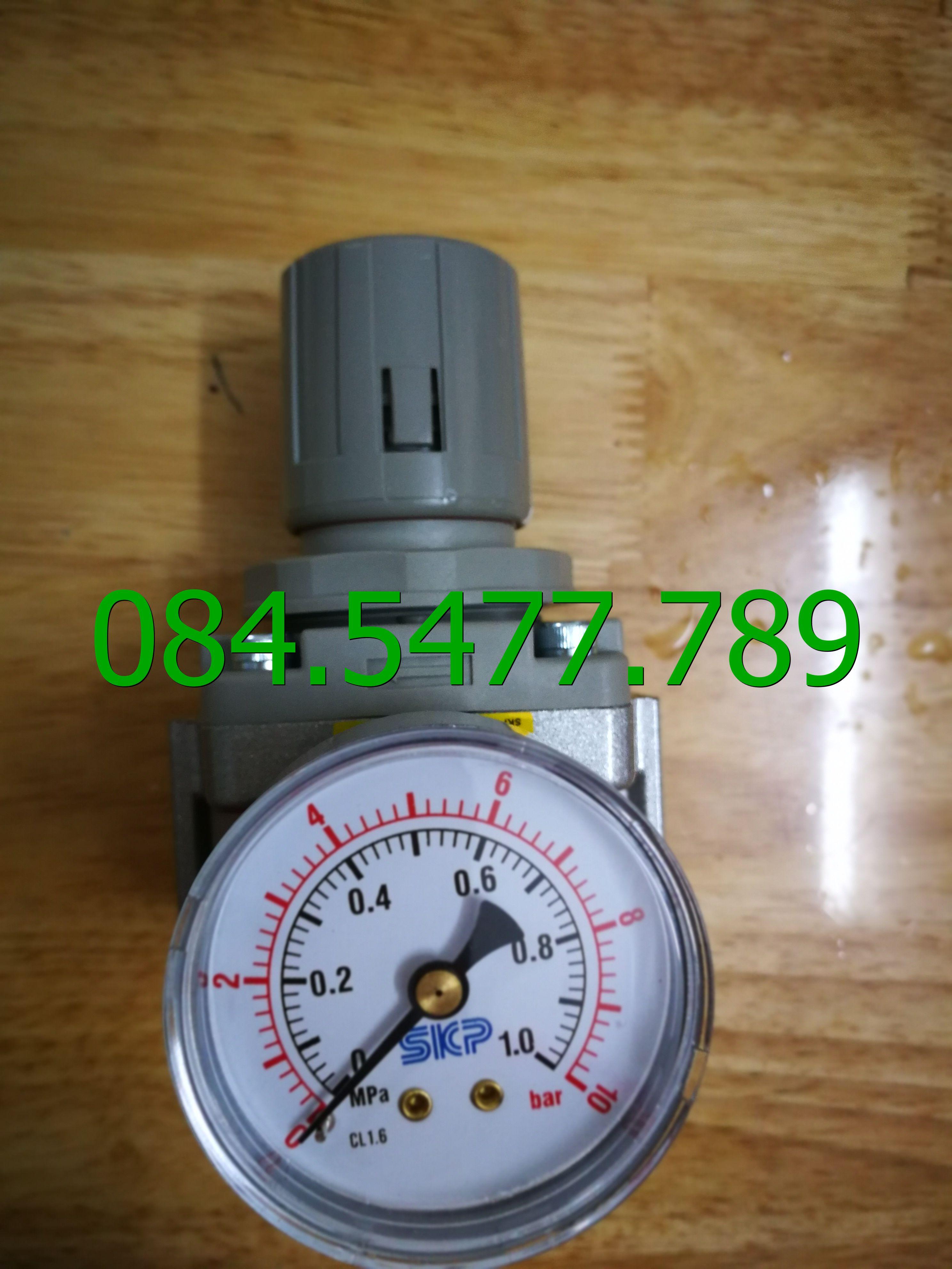 Bộ điều chỉnh áp suất khí nén SAR6000M-06BG