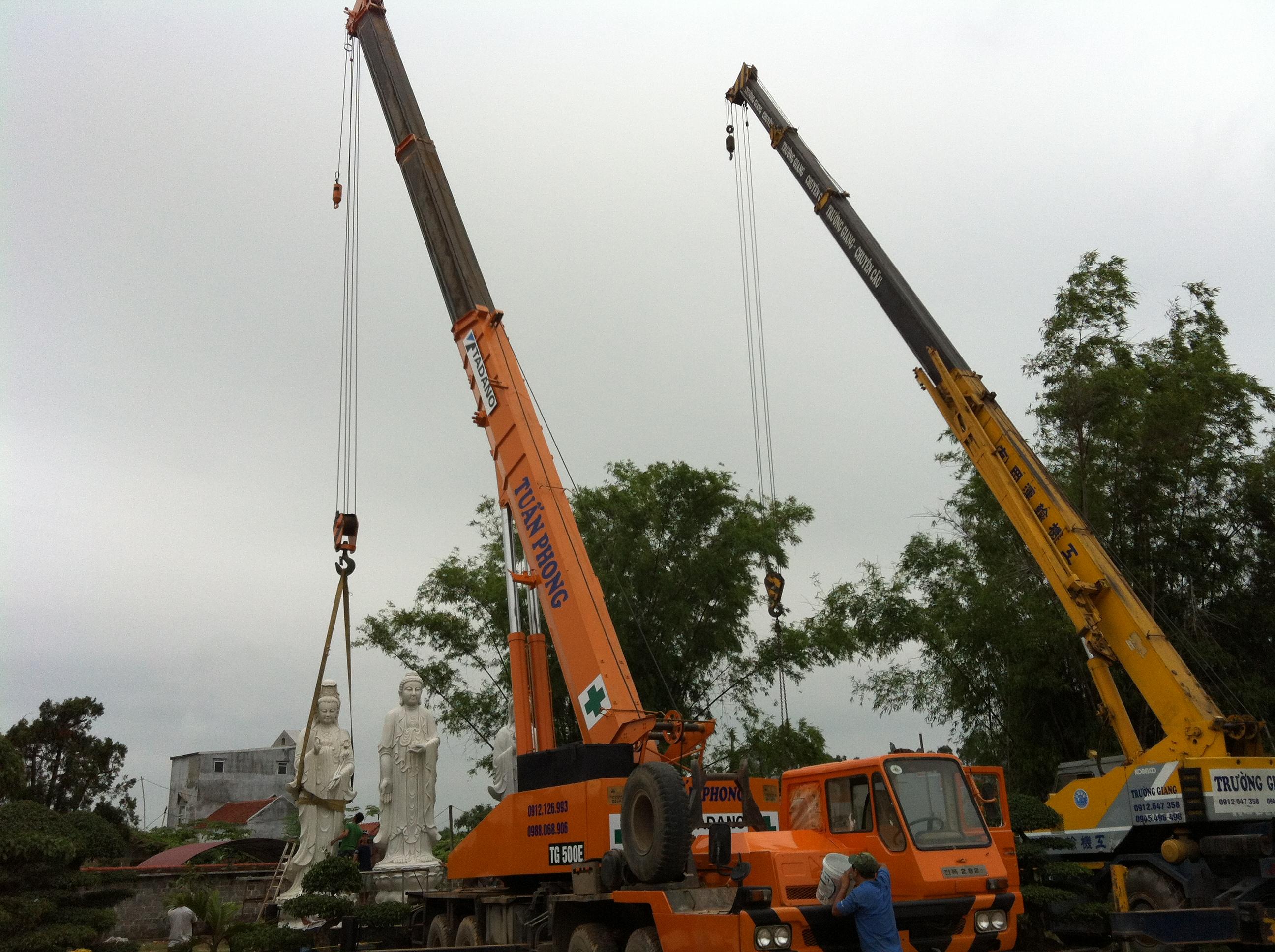 Xe cẩu lắp đặt máy móc thiết bị 0912 126 993 xe cẩu lắp đặt kết cấu thép,cẩu rầm cầu