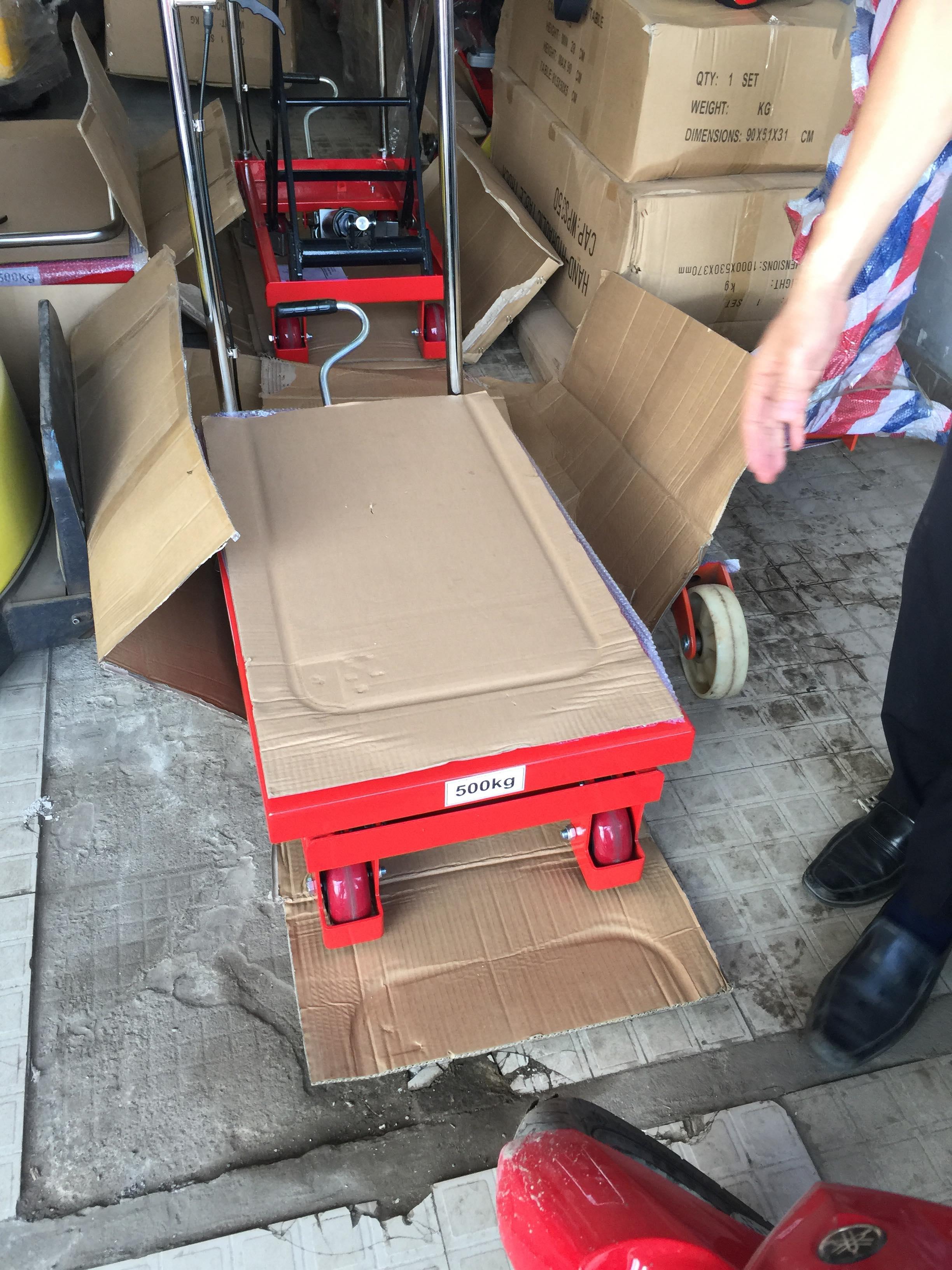 Bán xe nâng mặt bàn 500kg