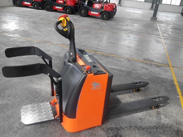 Xe nâng tay điện CBD2.0T