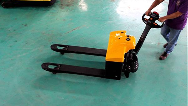 Xe nâng điện pallet truck