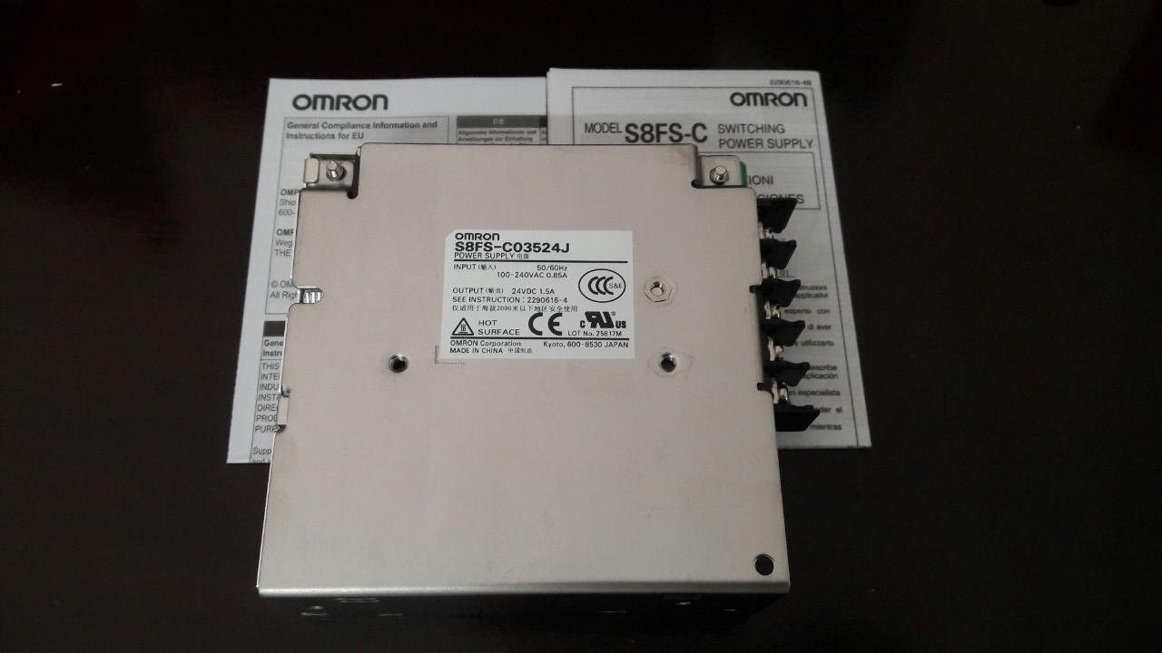 Cảm biến OMRON S8FS-C03524J