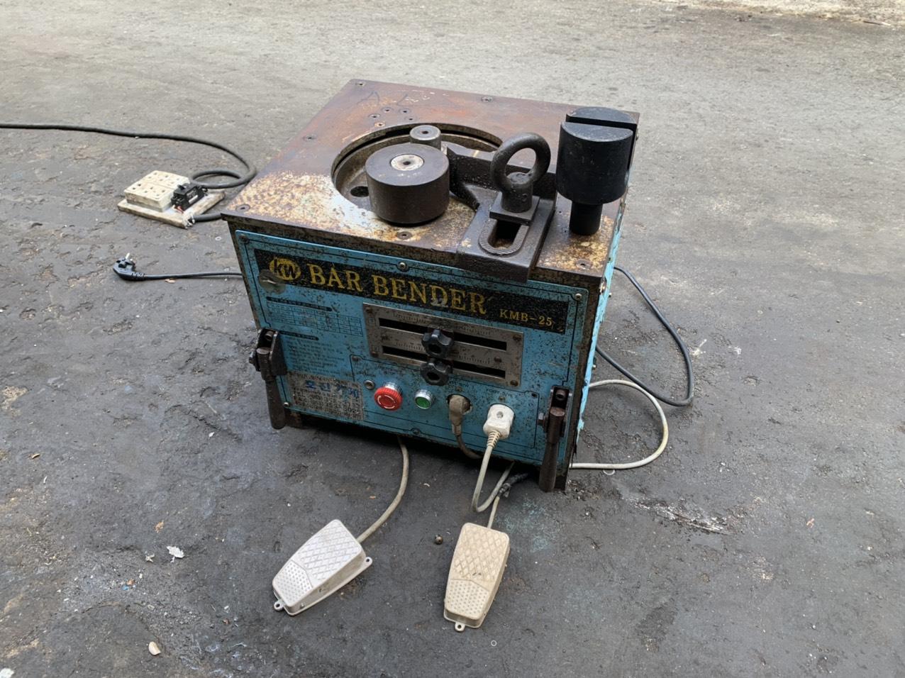 cho thuê máy uốn sắt 25 kunwoo kmb-25