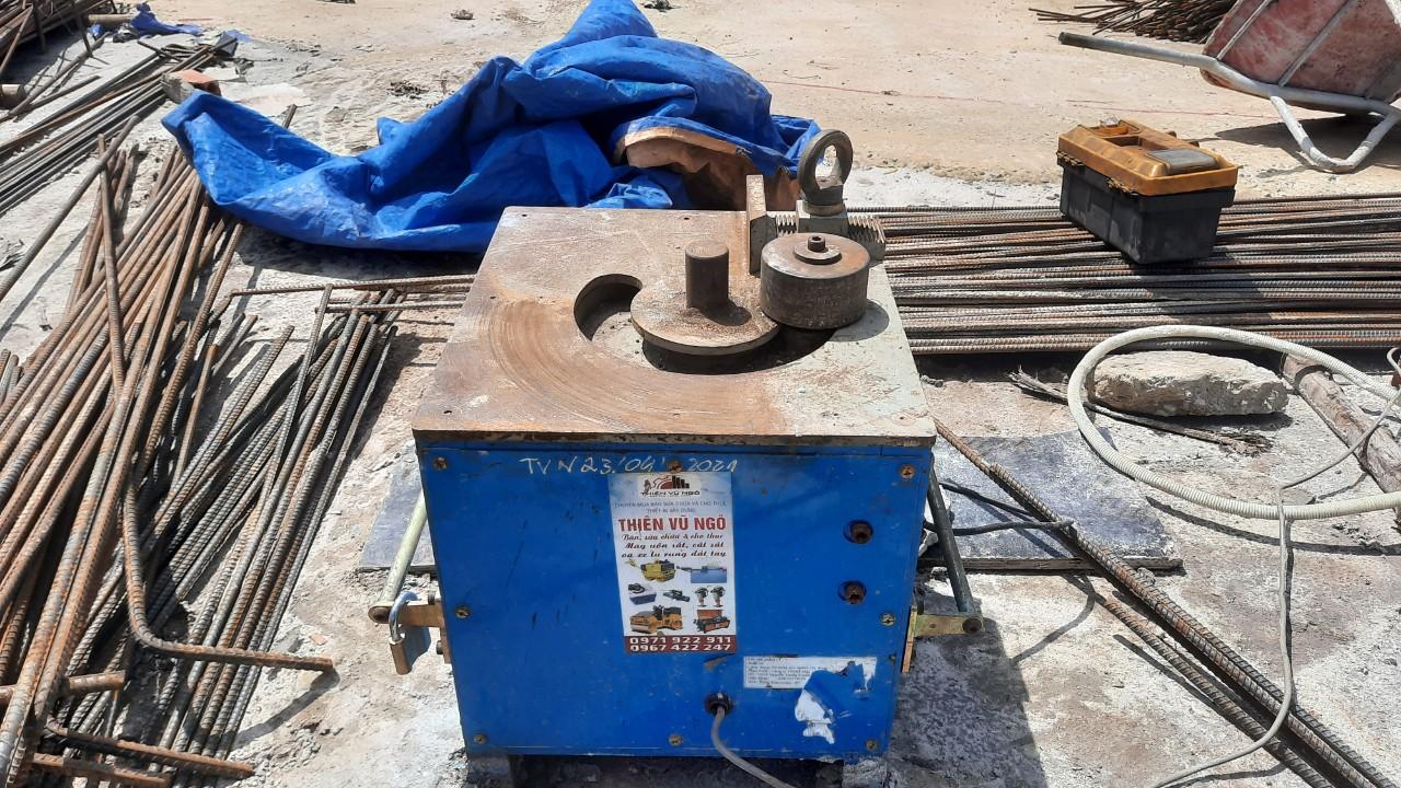 cho thuê máy uốn sắt seoul sub-25s