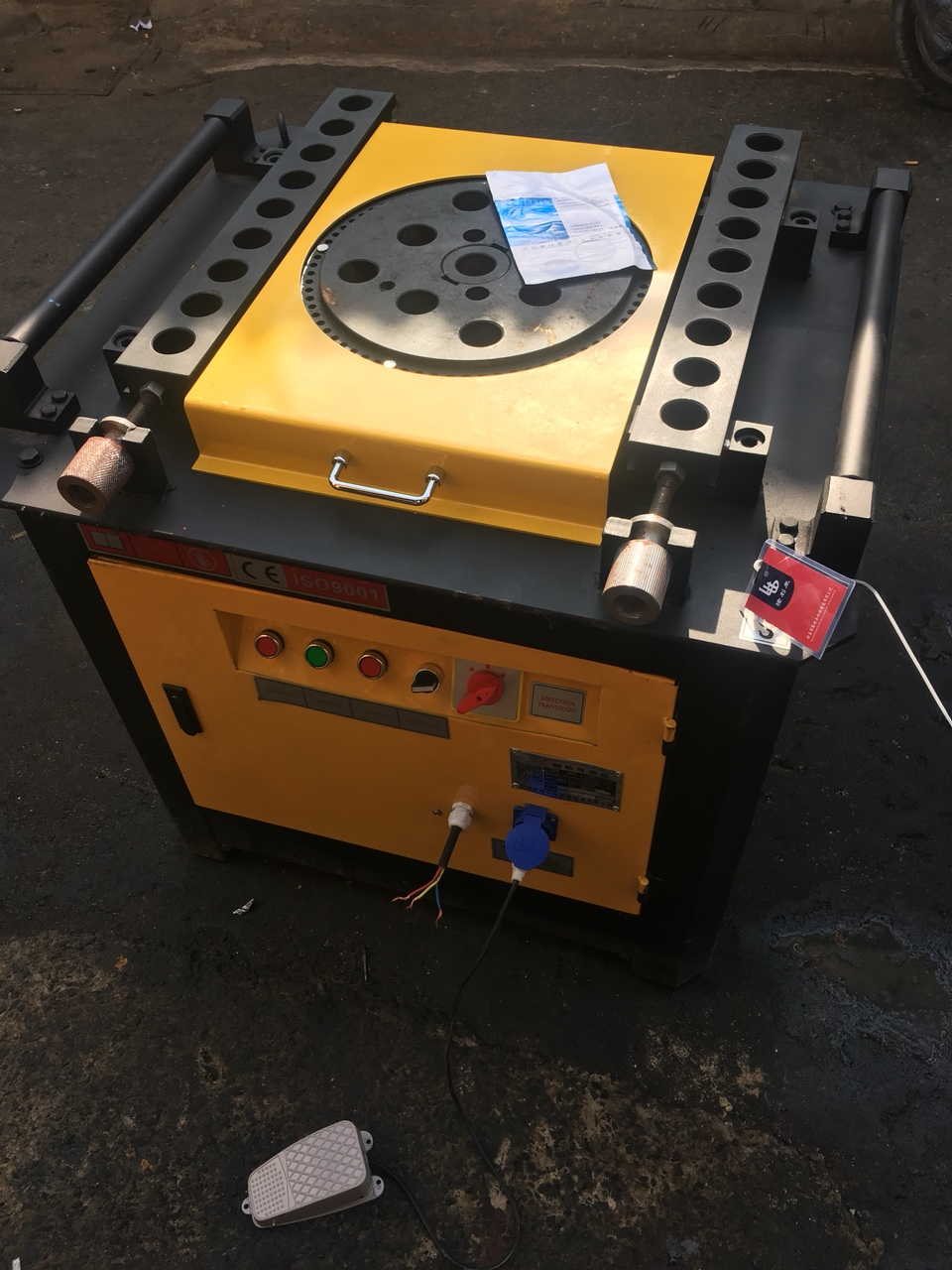 máy uốn thép GW45A