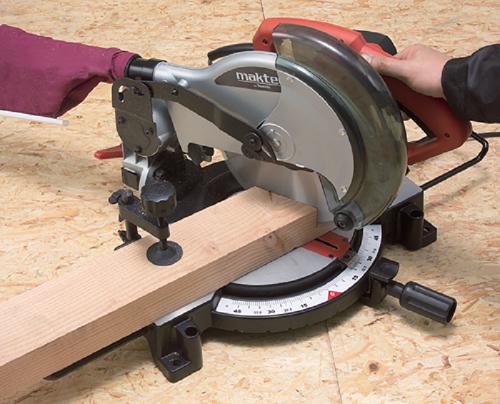 Bạn có biết: Những nguy hiểm từ những chiếc máy cắt góc gỗ kém chất lượng