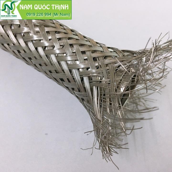 Sự khác biệt của ống ruột gà thép bọc lưới inox là gì?