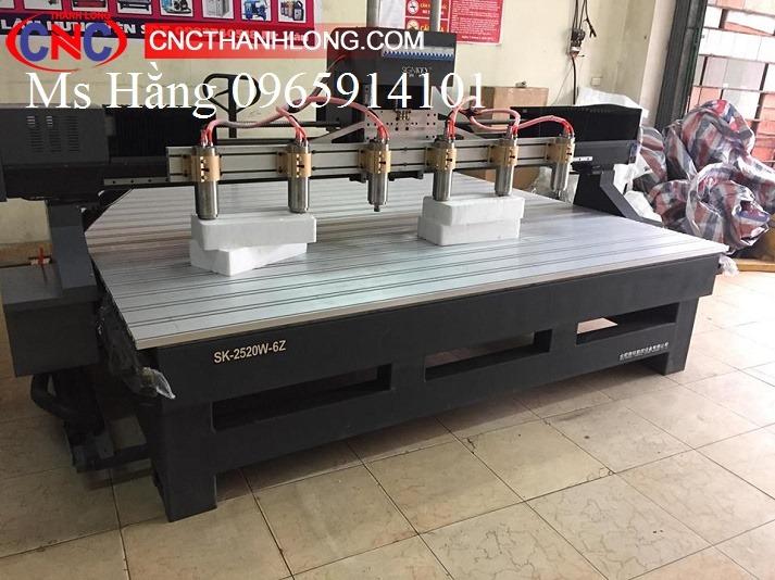 Máy CNC 6 đầu, Máy đục gỗ vi tính - 6 đầu.