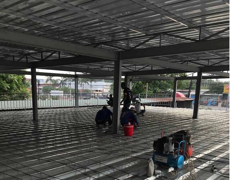 Thi công mái tôn nhà xưởng tại Bình Dương