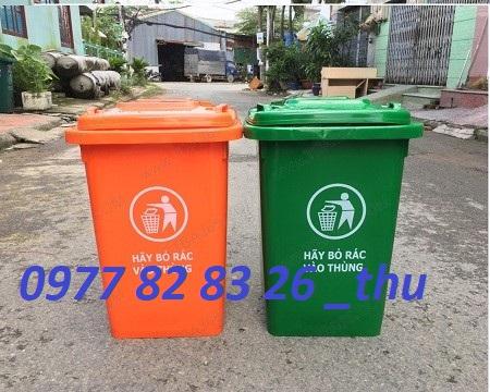 thùng rác 60 lít giá rẻ tại Bình Dương