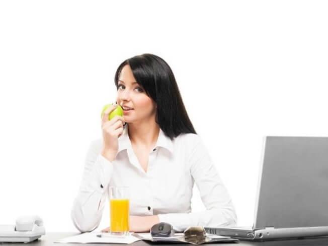 Lời khuyên hữu ích về chế độ ăn uống cho dân văn phòng