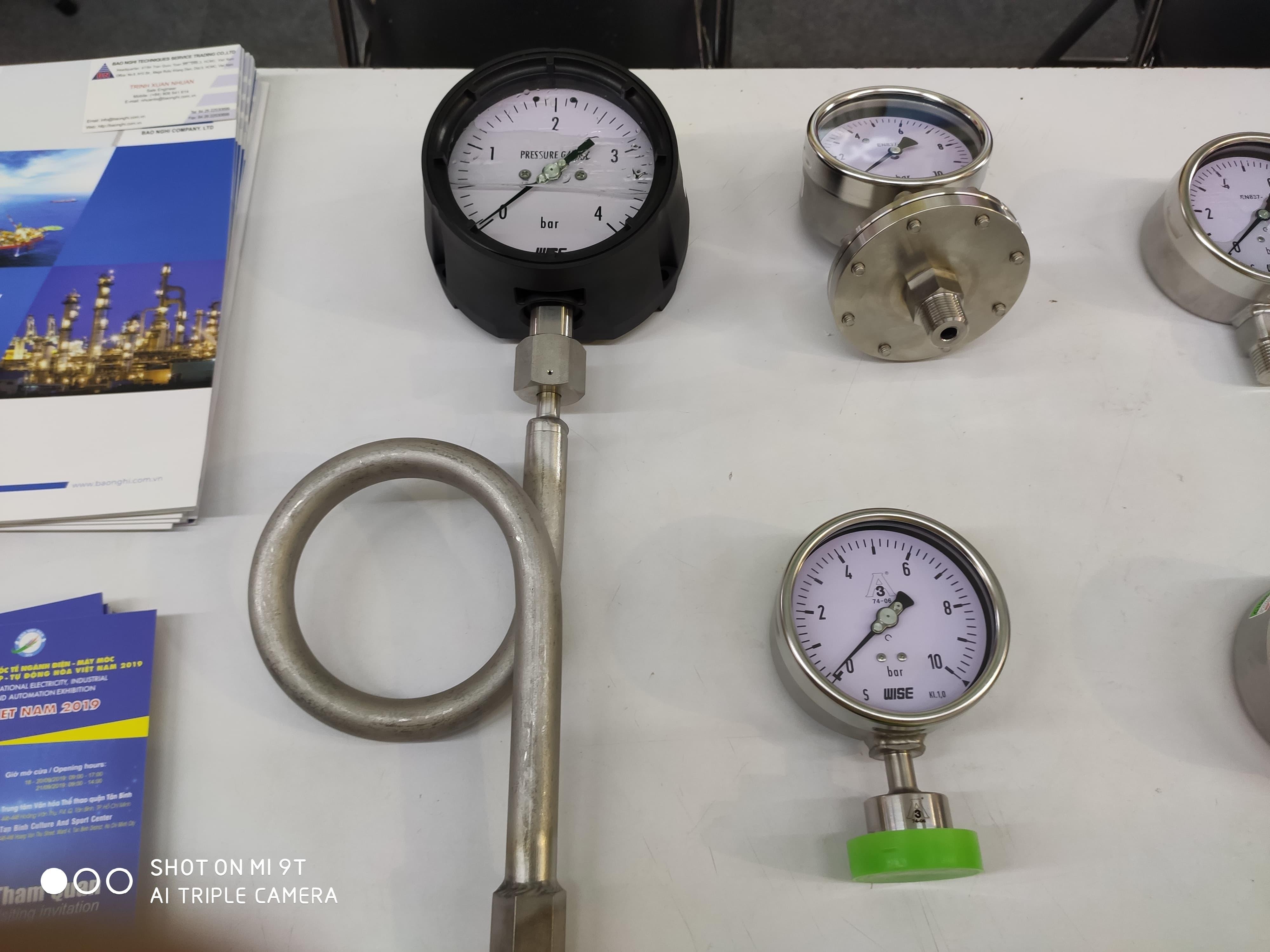 Đồng hồ đo áp suất nhiệt độ hàng WISE