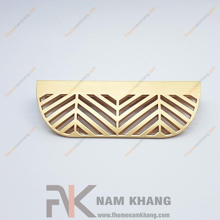Tay nắm tủ dạng lá NK233-VM (Màu Vàng Mờ, 2 vít cách nhau 64mm)
