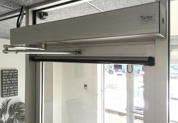 Cửa mở cánh tự động dành cho người khuyết tật (Automatic swing doors)