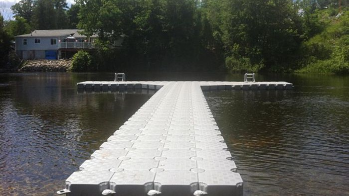 Modular Plastic Floating Dock