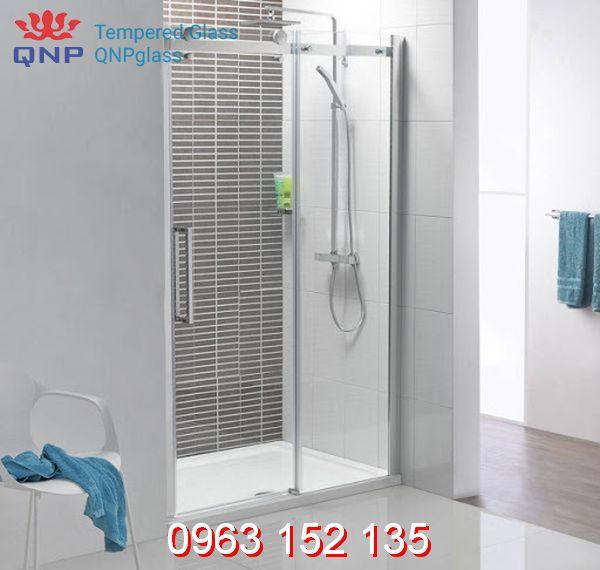 Vách kính cường lực phòng tắm chất lượng