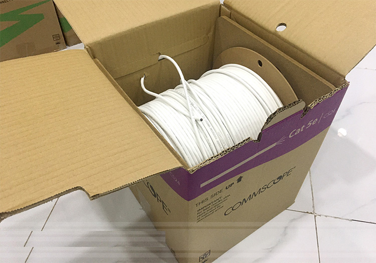 Cáp mạng Commscope cat5e UTP chính hãng P/N: 6-219590-2