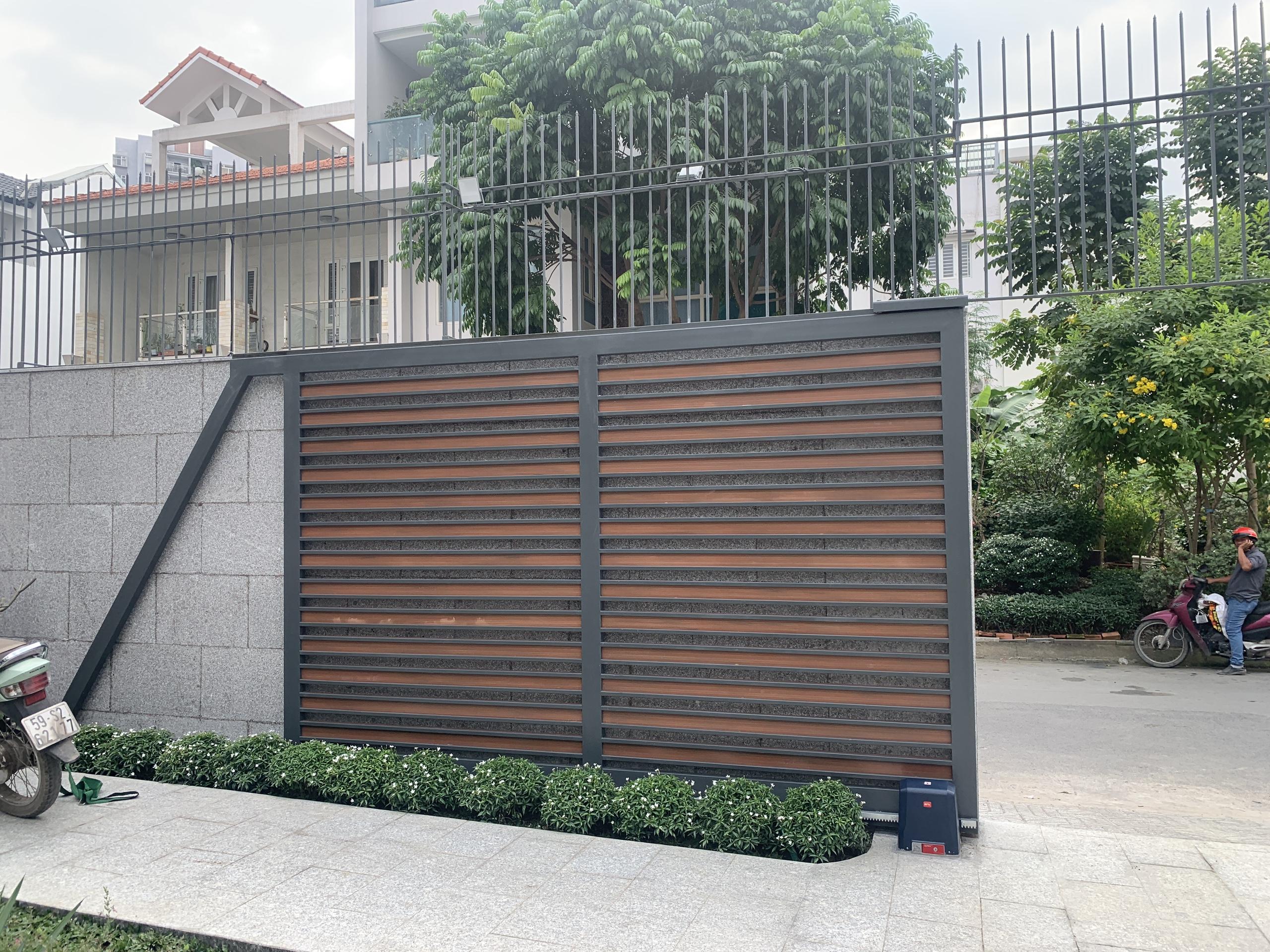 Cách tiết kiệm chi phí sửa chữa cổng tự đóng mở