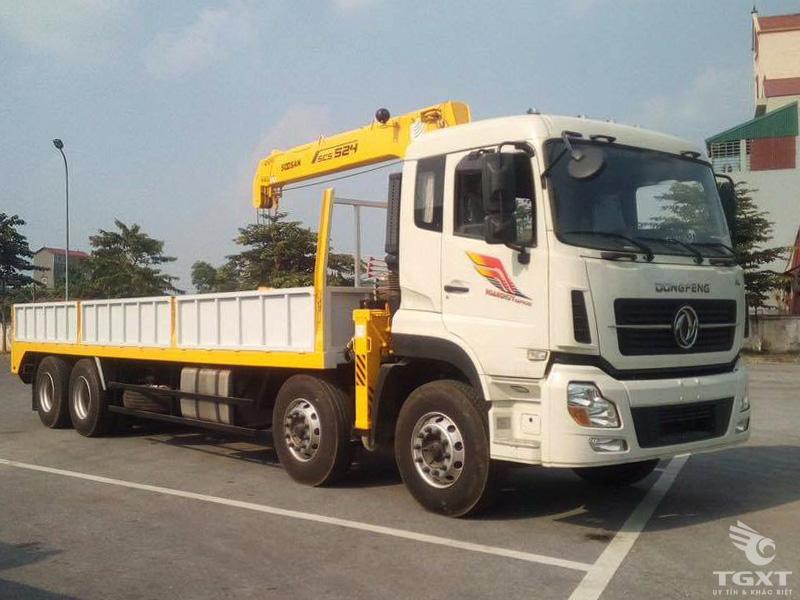 Bán xe tải Dongfeng gắn cẩu tự hành Soosan 7 tấn