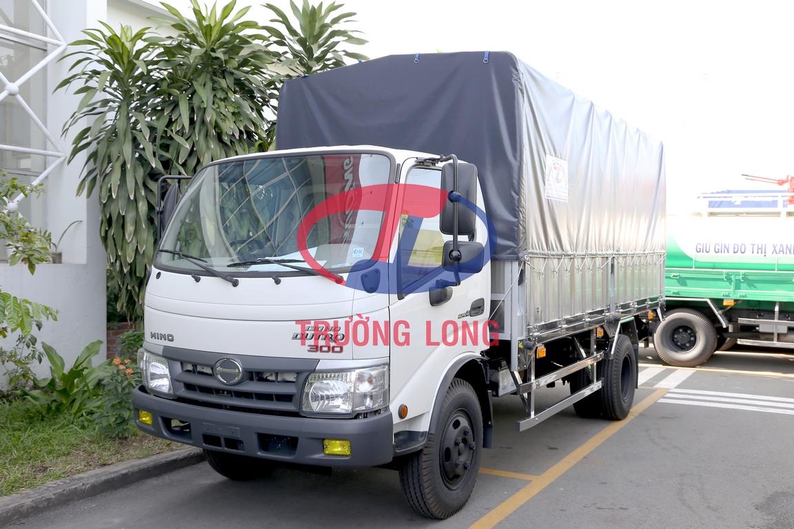 Xe tải hino thùng mui bạt dưới 5 tấn